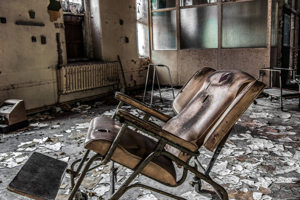 old-chair-web-FRONT-PAGE-1061x671